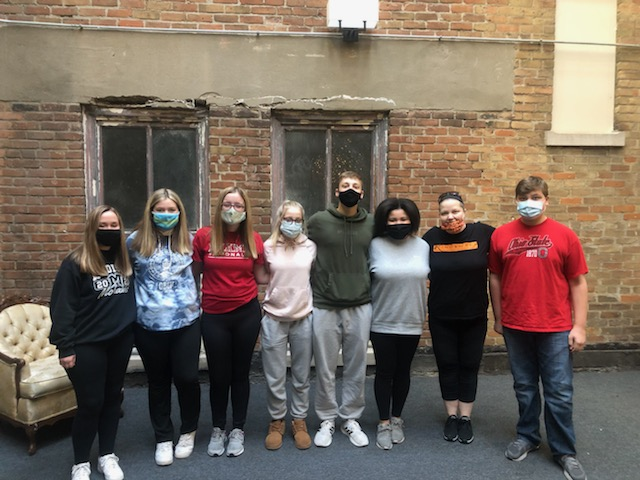 Key Club cleans up Job Threads