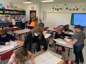6th graders create Zoos